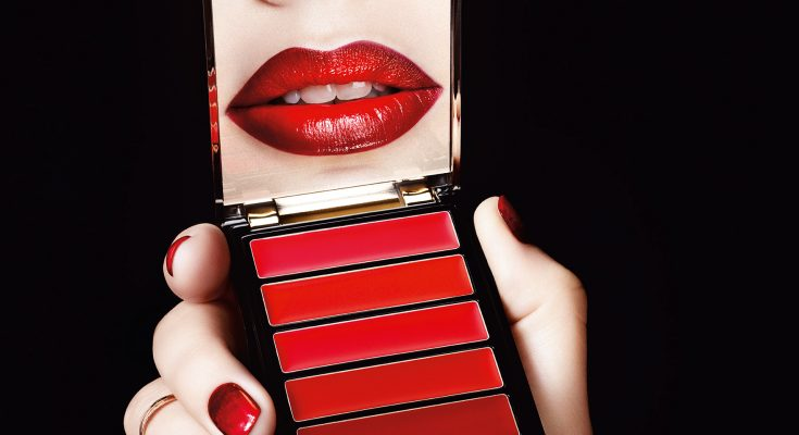 Loreal Parisin Yeni Ruj Paleti Kırmızının 6 Tonunu Bir Palette